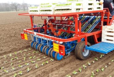 fast-block-automated-transplanter (2)